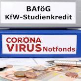 """Zwei Ordner, einer mir Aufschrift """"BAföG / KfW-Studienkredite, der andere mit """"Corona-Virus Notfonds"""""""